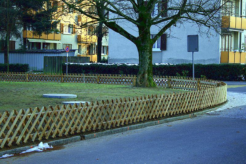 Zaunelemente Holz Aufstellen ~ Gartenzäune Holzzaun Metallzaun Sichtschutz Welcher Zaun Zaunart